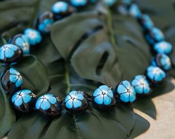 KUKUI NUT LEI - Hand Painted Light Blue Hibiscus