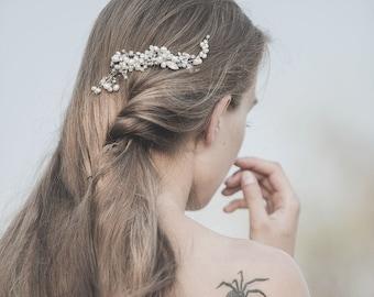 Pearl Wedding Hair Comb, Bridal Hair Comb, Bridal Hair Accessories, Freshwater Pearl Comb ,Bridal Hairpiece for Bride ,White Opal Swarovski