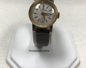 c152 Vintage Original Jerral Swiss Hilton 17J Elegant Round Mechanical Watch