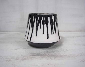 Black And White Vase, Decorative Vase, Minimal Vase, Luxury Ceramics, Modern Pottery, Tableware Art, Wedding Gift, Engagement Gift, Ceramics