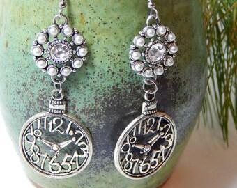 Steampunk Silver Clock Earrings / Gifts for Her / Rhinestone Earrings/ Clock Earrings/ Cosplay Earrings/ Clocks/ Sparkling Earrings