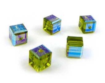15 x  Swarovski 4 mm Cubes - OLIVINE AB