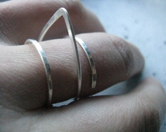 Sculptural triangle ring | minimalist architectural silver ring, edgy geometric ring, adjustable ring