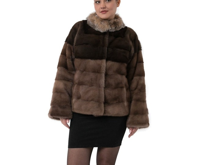 Casual brown fur with Fox collar F863