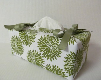 Tissue Box Cover/Dahlia