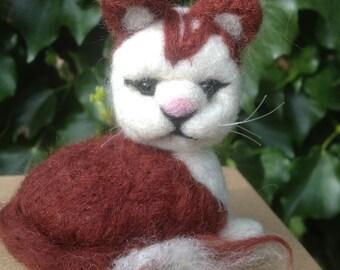 Needle felted Cat, EGGMO Cat,Needle Felted animal.