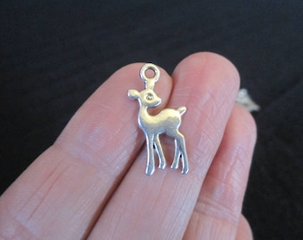 Pack of 10 Silver Tone Deer Bambi Wildlife Pendant Charm 21mm x 10mm