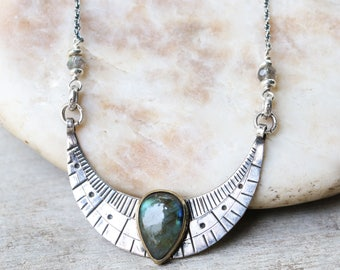 Crescent moon shape silver in engraving design with teardrop cabochon labradorite in brass bezel and sterling silver oxidized chain/TP