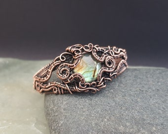 Labradorite and Copper Bracelet, Gothic Cuff Bracelet, Steampunk Bracelet, Wire Wrapped Jewelry, Copper Jewellery, Handmade Gift for Her