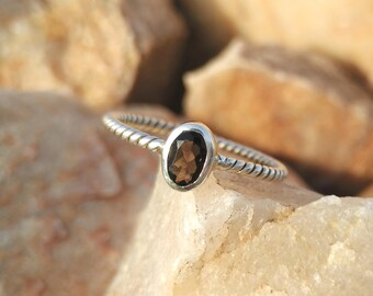 Natural Smoky Quartz Sterling Silver Twisted Band Handmade Ring - 925 Sterling Silver