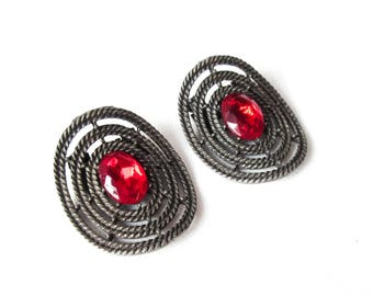 Cut Steel Shoe Clips with Red Rhinestones Vintage Accessories Jewelry