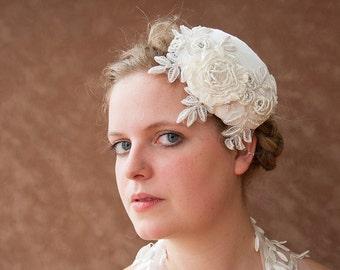 Bridal fascinator, vintage wedding, bridal hair accessories, headpiece, bridal jewelry cream, wedding jewelry, hair accessory, off white