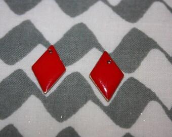 1 mini red sequin