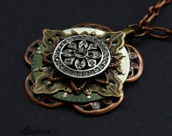 Design necklace in moss green colour. Steampunk necklace. Filigree necklace. Unique pendant. Steampunk pendant.