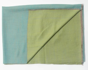 100% Cashmere Reversible Sea Foam & Aqua Blue