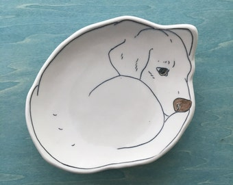 Beagle Dessert Plate | porcelain bread plate | jewelry catchall | Puppy plates | Beagle gifts | Gift for pet lover