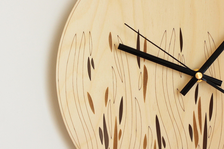 Wood wall art / Abstract wall clock / Laser cut wood / Wooden