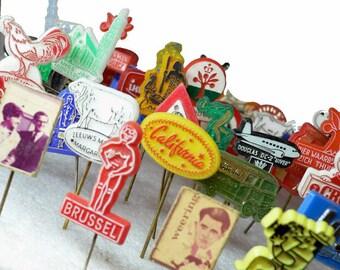30pcs TINY ADVERTISING PINS 1950s-70s Dutch Retro Plastic Bulk Pack