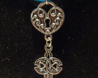 Celtic steampunk necklace and earrings