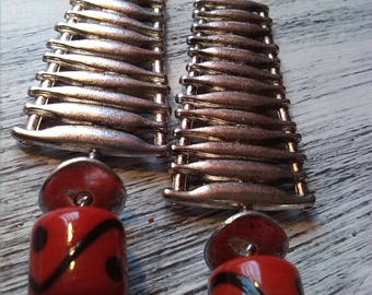 Modern chic earrings simple silver and Red