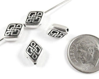 TierraCast Pewter Beads-Silver Long CELTIC DIAMOND (4)