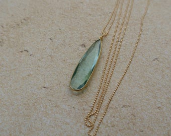 Aqua Marine Pendant Necklace // Layering Necklace // Delicate necklace // Gold filled necklace // March birthstone necklace