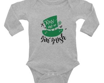 Kiss me I'm Irish St Patrick's Day Leprechaun shamrock Infant Long Sleeve Bodysuit
