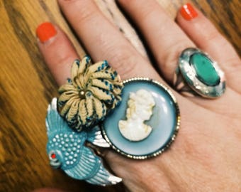 Blue cameo fish collage ring