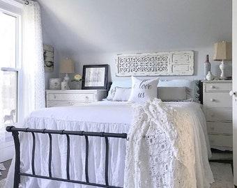 Linen Coverlet / Shabby Chic Bedding / Linen Bedspread / Linen Bedding / French Linen / Queen Coverlet / King Coverlet / All Sizes