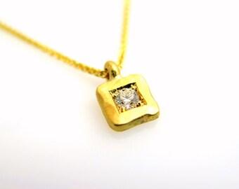 Gold diamond necklace, Solitaire diamond necklace, 18k gold necklace, Minimalist gold necklace, Square gold necklace, Hammered gold necklace