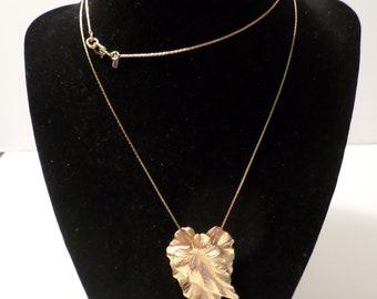 """Vintage Gold Tone Leaf Charm Necklace by MON'ET 26"""""""