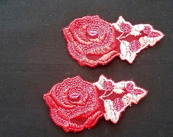 Set of 6 red lace flowers