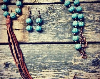 Deerskin Leather Turquoise Beaded Tassel Necklace Set