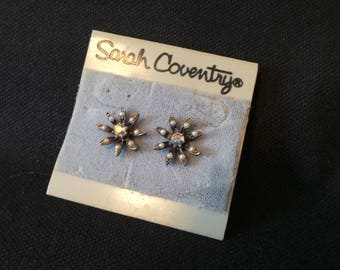 NEW Vintage Signed Sarah Coventry Antiqued Silver Gumetal Aurora Borealis Rhinestone Pearl Flower Stud Earrings