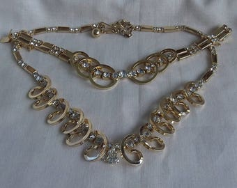 Sarah Coventry Celestial Fire Necklace 8566 and Bracelet 9566 Set    Vintage, Golden, Rhinestones