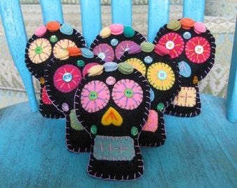 Sugar Skull Calavera Day of the Dead Softie handmade from felt, and upcycled wool.  Dia de los Muertos Ornament