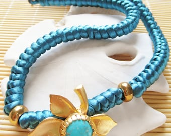 Turquoise et collier pendentif Gold Leaf