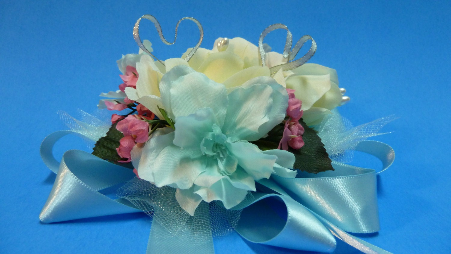 Corsage pin prom corsage of a single white rose with shiny zoom izmirmasajfo Gallery