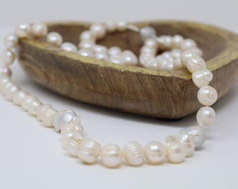 Pearl Beaded Necklace. Long Pearl Necklace.
