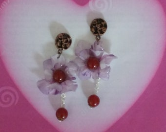 Dangling earrings with double flower pendant transparent purple wisteria