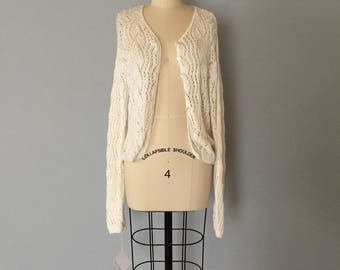 pearl white knitted crochet cardigan / eyelet netted knitted / skinny sleeve cropped ornament cardigan