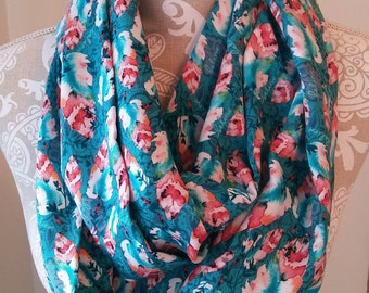 Colorful feather scarf, Printed scarf, Women's scarf, infinity scarf, eternity scarf, accessories, Turquoise circle scarf, gift for her