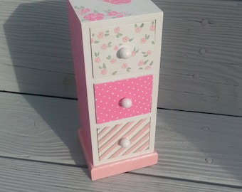 custom personalized  jewelry box, any design and color, flower girl gift, bridesmaid gift, first communion gift
