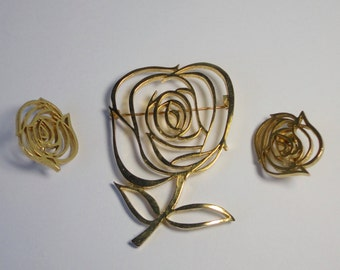 Vintage Signed P.L Large Rose Brooch and Earrings set. Gold tone metal.