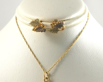 Stunning Vintage 10k Black Hills Gold Necklace on Chain and Stud Earrings Set - Grape Leaf Design