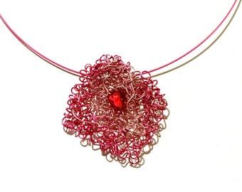 Fantasy pendant wire