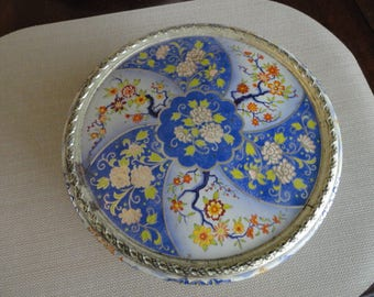 Vintage Tin made in Holland Asian Floral Design