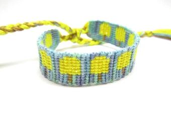 Lemon Popsicle Friendship Bracelet, Summer Bracelet, Beach Bracelet, Macrame Bracelet, Unisex Bracelet, Yellow Popsicle, Stackable Bracelet