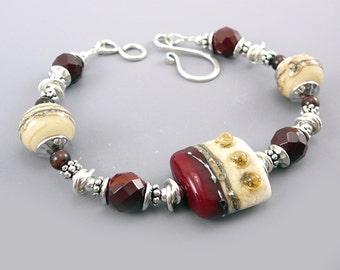 Handmade Glass Bead Bracelet, Maroon Jewelry, Red Jewelry, Glass Jewelry Bracelets, Beaded Jewelry Gift, Lampwork Bead Jewelry, 925 Jewelry