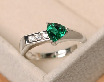 Emerald ring, arrow ring, sterling silver, promise ring, trillion cut ring